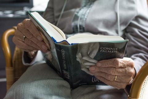 Bib aan huis ouderen